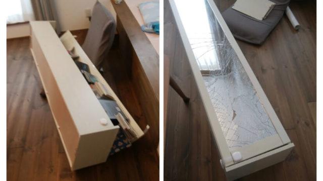2018年6月大阪北部地震で倒れた姿見鏡付本棚