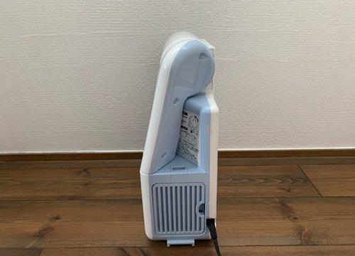 象印の布団乾燥機を横から見た図